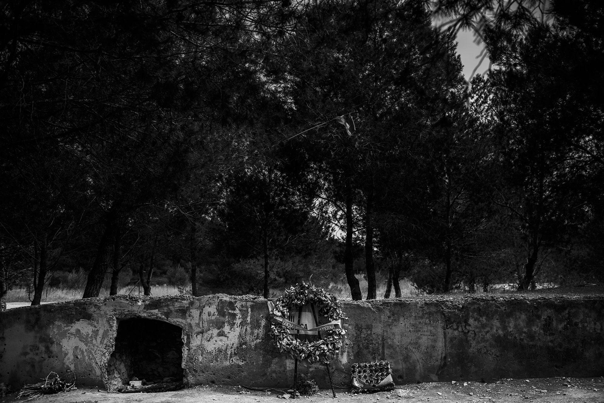 En el paredón del campo de tiro de Paterna, Valencia, fueron fusiladas más de 2.000 personas desde el año 1939 hasta 1956.