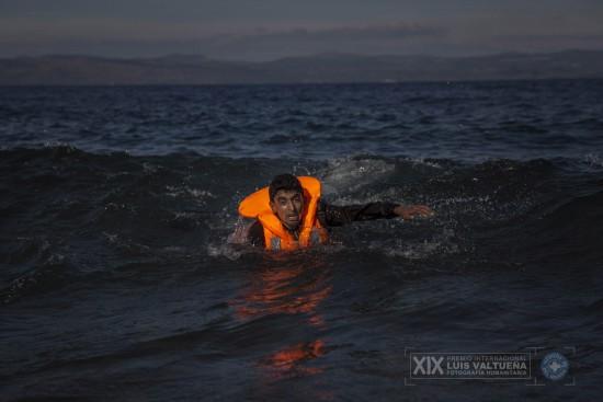 Santi Palacios_Santi Palacios. Miles de vidas en juego para llegar a Europa_004