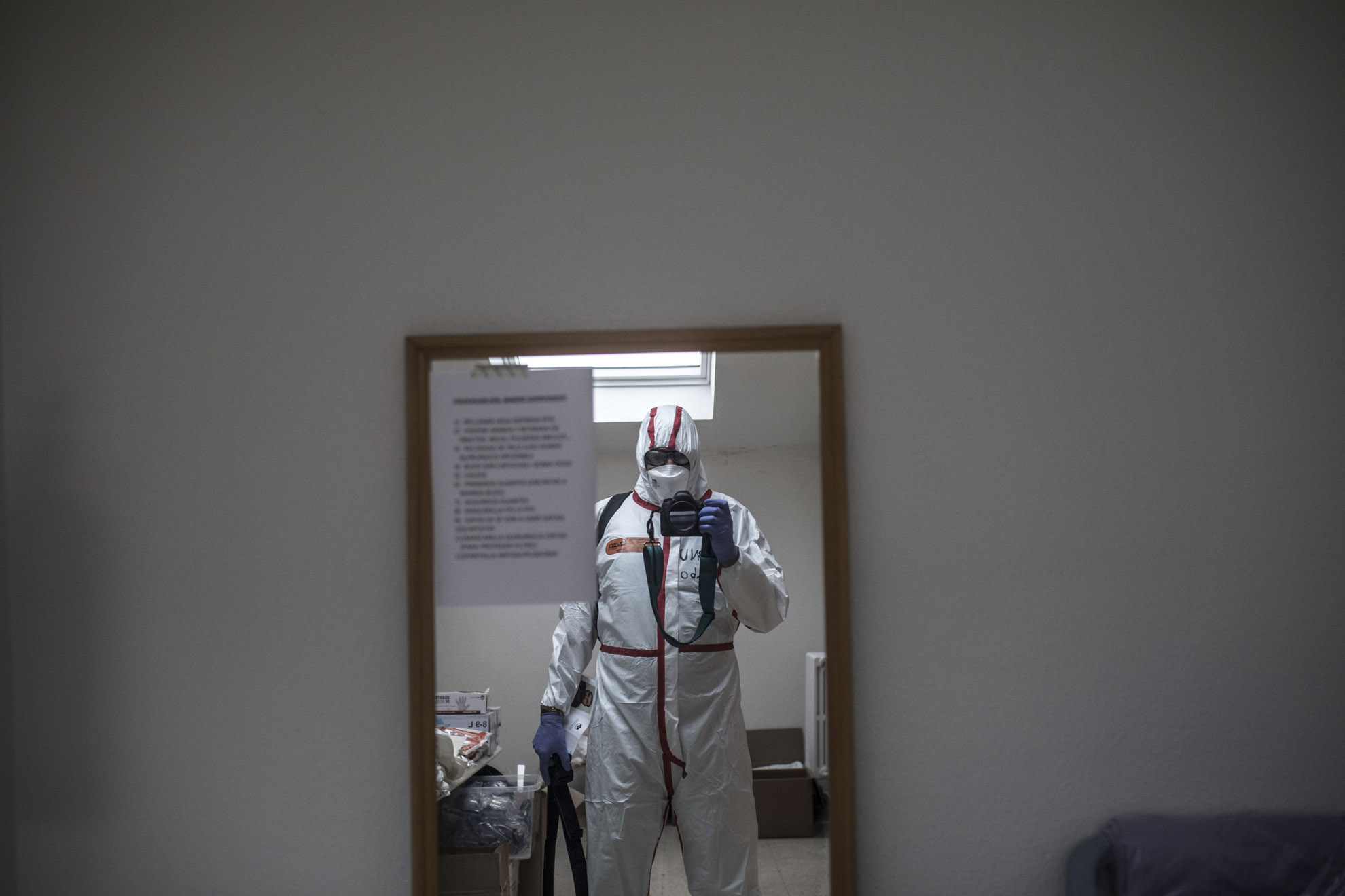 Me, my self and I ready to shoot into the COVID-19 area at the Sanatorio Covadonga medical institution in Gijón, Asturias, Spain.