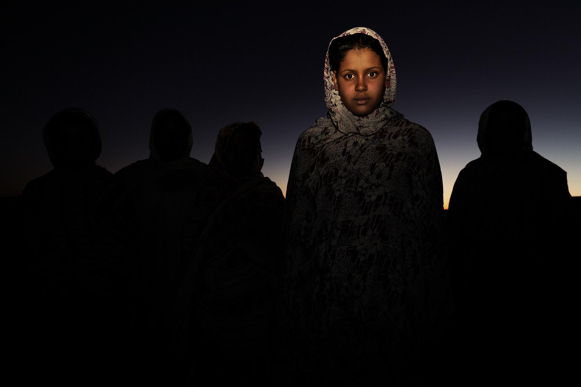Munaia Nami, de 16 años, en el campamento de refugiados de Dajla, Argelia.